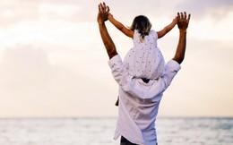 Người cha yêu thương con riêng của vợ như khúc ruột của mình