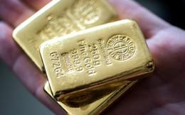Giá vàng tăng tới 700.000 đồng/lượng, khách mua vào nhiều hơn bán ra