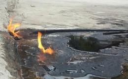 Nước giếng bốc cháy như cồn khi châm lửa