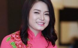 Ca sĩ Đinh Trang hát ở trường cũ run hơn trên sân khấu Sao Mai