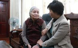 Xuân vẫn quây quần bên mẹ nhờ phương pháp đoạt giải Nobel