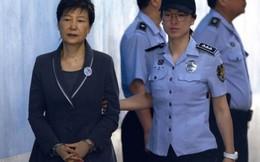 Bà Park Geun-hye bị yêu cầu mức án 12 năm tù vì nhận hối lộ ở Cơ quan tình báo
