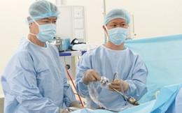 Bệnh nhân sụt 3kg không rõ nguyên nhân, đi khám phát hiện polyp đại tràng