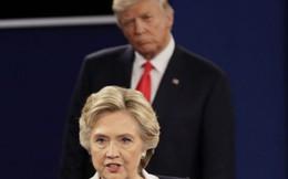 Bà Hillary Clinton nói gì về những điều đã xảy ra trong hồi ký thứ 7