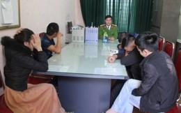 Bắt nhóm nam nữ đòi nợ thuê đang phê ma túy trong khách sạn
