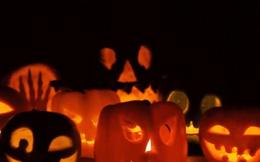 Làm đèn lồng 'ma quái' từ trái cây chào đón Halloween