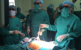 Việt Nam lần đầu mổ nội soi ung thư trực tràng