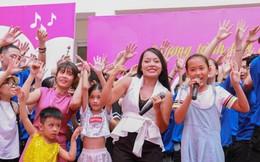 Thái Thùy Linh mang 'Trung thu hồng' đến với gần 400 trẻ em tự kỷ, khuyết tật