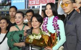 Mẹ Hoa hậu Trái đất 2018 Phương Khánh chuẩn bị món bánh xèo mừng con gái về nước