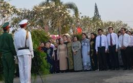 Đoàn Chủ tịch TƯ Hội LHPNVN về nguồn tại Tiền Giang