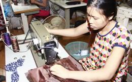 Lao động nữ: Thất nghiệp cao, thu nhập thấp, dễ mất việc