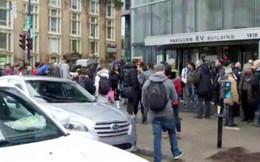 4.000 sinh viên sơ tán khẩn vì đe dọa đánh bom