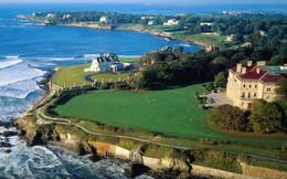 Những lâu đài có biển bao quanh