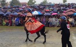 Nữ cũng có thể trở thành nài ngựa trong cuộc thi 'Vó ngựa cao nguyên trắng'
