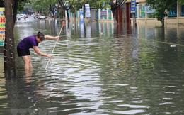 Các tuyến đường Đà Nẵng ngập sâu sau mưa lớn