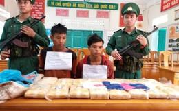 Quảng Bình: Bắt 2 người Lào thu giữ 100.000 viên ma túy