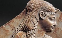 Những kế sách nắm giữ quyền lực của Nữ hoàng Cleopatra