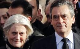 Vợ ứng viên tổng thống Pháp chính thức bị buộc tội