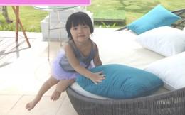 """""""Gót chân Asin"""" của cô bé 17 tháng tuổi"""