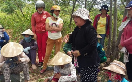 Dân Đà Nẵng vây công ty nghi ngờ chôn chất thải lạ