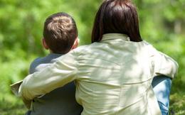 Nói với con trai về sex: Vội cưới dâu vì sợ quý tử… đi tù