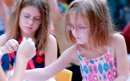 Trẻ em nước ngoài hào hứng tham gia Trung thu Việt