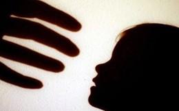 5 thủ đoạn kẻ xâm hại tình dục thường dụ dỗ trẻ em