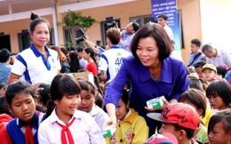 Trao hơn 31.000 hộp sữa cho học sinh Đắk Nông