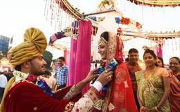 Hơn 260 cô dâu nghèo ở Ấn Độ được tài trợ tổ chức đám cưới
