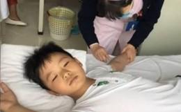 Cậu bé ăn uống 'thả phanh' để cứu cha mắc bệnh