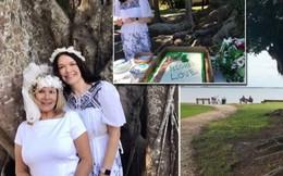 Nhóm phụ nữ Mỹ kết hôn với cây