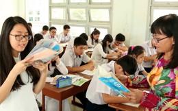 Việc ban hành chương trình giáo dục phổ thông mới chưa bảo đảm theo lộ trình