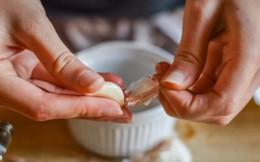 Giúp móng tay chắc khỏe trong mùa lạnh với công thức từ tỏi
