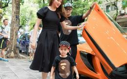 Siêu mẫu Ngọc Thạch khoe con trai 2 tuổi cực yêu