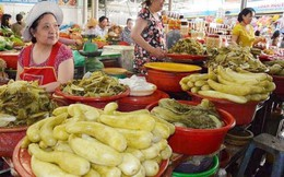 Rau xanh tăng giá 5 lần, người nội trợ Đà Nẵng chuyển sang mua cải muối