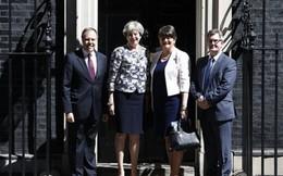 Đảng của Thủ tướng Theres May đổi 1,3 tỷ USD lấy ủng hộ từ Bắc Ireland