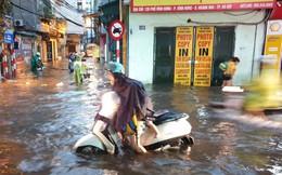 Điều máy bơm dã chiến 'giải cứu' phố Vĩnh Hưng ngập hơn nửa mét