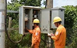 Hơn 1.600 hộ gia đình được EVN sửa chữa và lắp đặt điện miễn phí