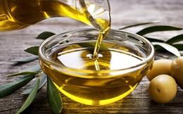 9 lý do phụ nữ nên có một chai dầu ô liu trong nhà
