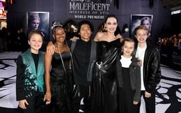 Angelina Jolie tươi tắn cùng các con dự công chiếu phim mới 'Tiên hắc ám'