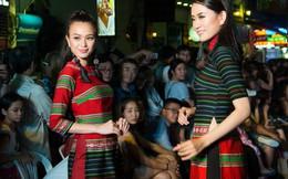 3 người đẹp Miss Photo 2017 tỏa sáng với thổ cẩm trên phố đi bộ