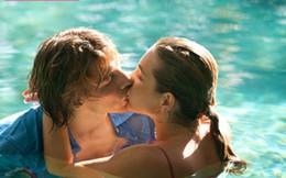 2 người ++: Sex trong nước không hề an toàn