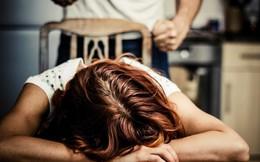 Chồng đánh vợ vỡ nhãn cầu, suýt bị mù