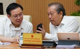 Chùm ảnh Thủ tướng cùng các thành viên Chính phủ nhắn tin ủng hộ người nghèo