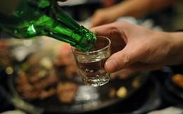 Uống rượu với những thực phẩm này dễ say, ngộ độc