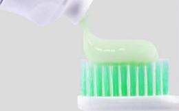 Kem đánh răng trà xanh Select bị thu hồi toàn quốc