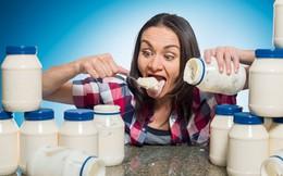 Cô giáo dạy Toán lập kỷ lục Guinness khi xơi hết 2,5kg mayonnaise trong 3 phút