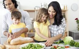 Áp dụng chiêu này để giúp con hiểu được sự vất vả của bố mẹ