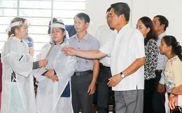 Khánh Hòa: Chia sẻ nỗi đau với gia đình các nạn nhân sạt lở ở Nha Trang