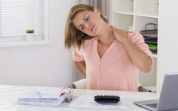 Làm theo 8 cách này sẽ giảm hẳn đau vai gáy